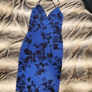 Dresses & Skirts - Beautiful royal blue dress size large
